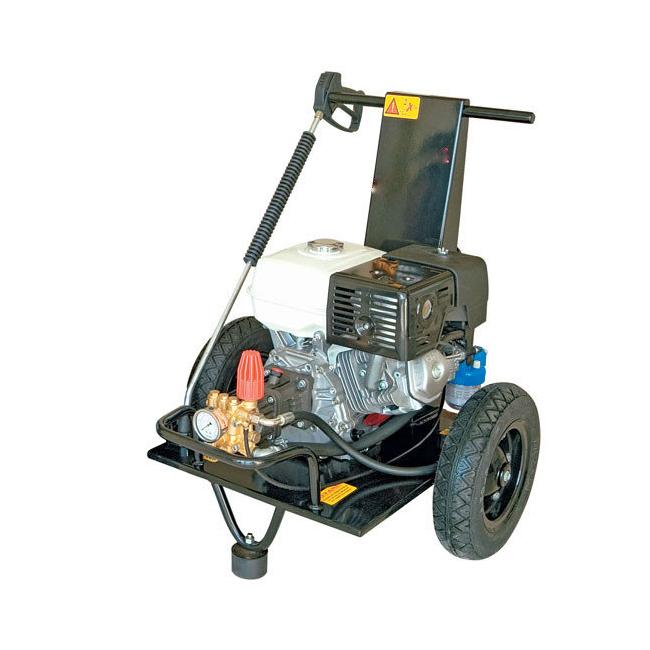 Мойка высокого давления с приводом от бензинового двигателя